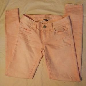 American Eagle 0 Light Pink Distressed Jeggings